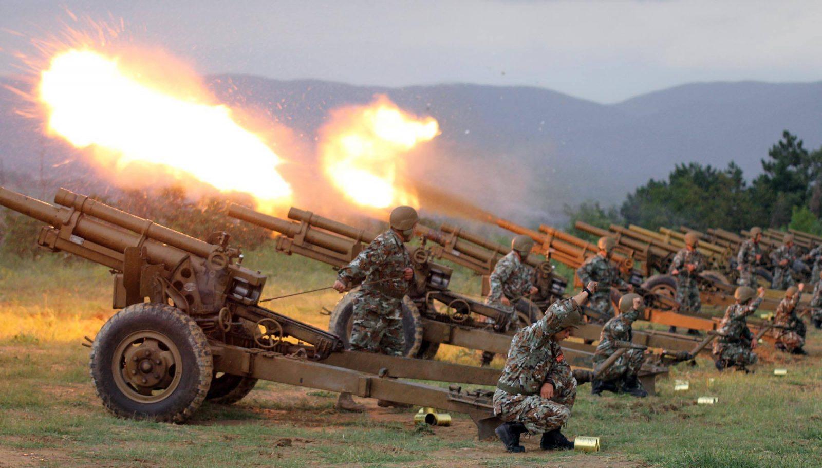 НЕ ПАНИЧЕТЕ  Во 19 часот АРМ ќе изврши почесна артилерска стрелба