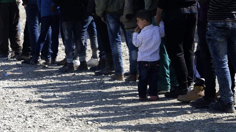 ВО ЕУ ВЛЕГЛЕ 118 000 АЛБАНСКИ АЗИЛАНТИ  Нелегални емигранти од Албанија и Украина