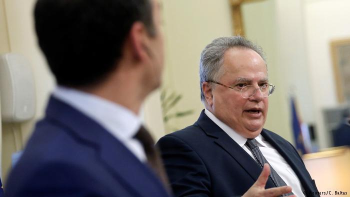 НОЌНА СЕАНСА ДИМИТРОВ КОЅИЈАС  Двајцата министри вечерва на состанок во Виена