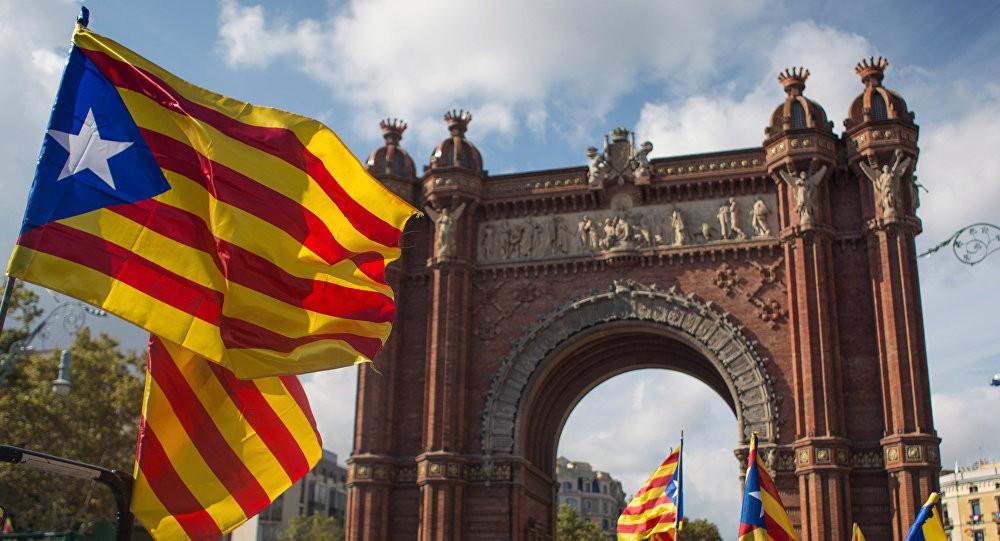 ШПАНСКАТА КРИЗА СЕ ИНТЕНЗИВИРА  Мадрид со ултиматум до Барселона  потоа започнува спроведување на екстремни мерки
