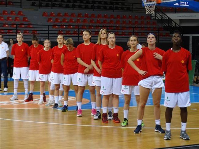 ФИЈАСКО НА ЖЕНСКАТА КОШАРКАРСКА РЕПРЕЗЕНТАЦИЈА  Македонските кошаркарки во Италија  загубија со 60 коша разлика