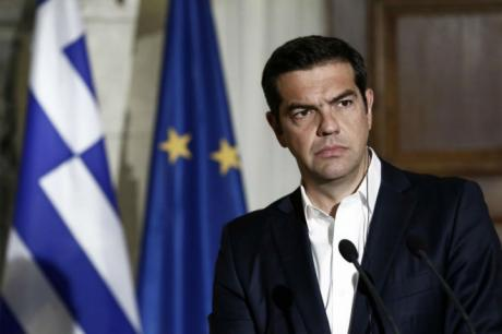 ДЕНЕС ПОВТОРНО ПРЕГОВОРИ ЗА ИМЕТО  Ципрас јасен  бара промени во Уставот