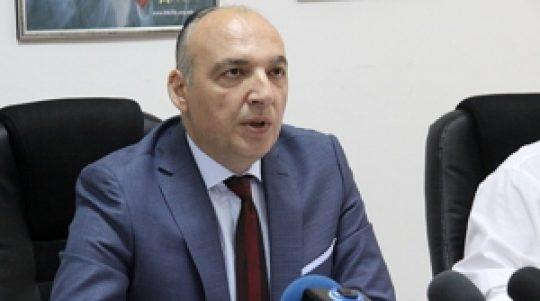 ПАДНА ПРЕТСЕДАТЕЛОТ НА АНТИКОРУПЦИСКА  По заменикот  оставка си даде и претседателот на Антикорупциска комисија