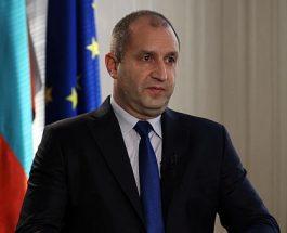 БУГАРСКИОТ ПРЕТСЕДАТЕЛ ДОАЃА СО ПОПОВИ ВО МАКЕДОНИЈА: Двајца владици на БПЦ ќе го придружуваат бугарскиот претседател Радев при посетата на Македонија