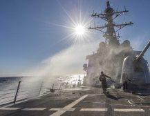 РУСКИ АДМИРАЛ: Американските бродови ќе бидат постојано на нишан
