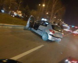 """СООБРАЌАЈКА ВО АЕРОДРОМ: За два часа две сообраќајки во Аеродром – овој пат се судрија """"Пежо"""" и """"Пасат"""""""