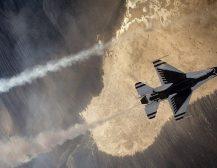 ЗОШТО САД БОМБАРДИРА НАФТЕНИ ПОЛИЊА ВО СИРИЈА: Вистинската причина се крие во желбата за уништување на цела држава