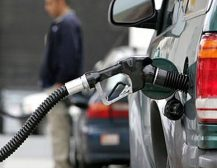СКАНДАЛОЗНО ТВРДЕЊЕ ОД СДСМ: Зголемената акциза на нафтата нема да ги погоди сиромашните, тие немале автомобили!
