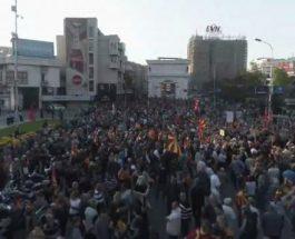 (Снимка од дрон)БИДЕТЕ БЛАГОДАРНИ ДОДЕКА ОВОЈ НАРОД МИРНО ПРОТЕСТИРА: Секој обид за државен удар ќе значи и улична правда!