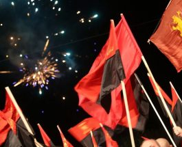 ВЛАСТА Е ВО ПАНИКА ОД ПОРАЗОТ КОЈ ИМ СЛЕДИ: Власта е во паника затоа што им е јасен фактот дека ВМРО ќе победи, ниту една закана нема да нè натера да клекнеме на колена!