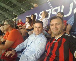 ГРУЕВСКИ СО ПОДДРШКА ЗА ВАРДАР: Лидерот на ВМРО-ДПМНЕ од трибините со поддршка за Вардар!
