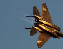 ИЗРАЕЛ ВО ОФАНЗИВА: Израелските воздушни и артилериски сили бомбардираат позиции на Голанската висорамнина во Сирија
