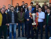 КАРПОШ СОКОЛИ НЕЗАДОВОЛНИ ОД СЛУЧУВАЊАТА ВО БИБЛ ЛИГАТА: КК КАРПОШ СОКОЛИ  официјално апелира Македонската Кошаркарска Федерација да покрене иницијатива, заедно со другите Федерации, за основање Балканска Кошаркарска Лига