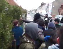 """ВАКА ИЗГЛЕДА """"ИНТЕГРАЦИЈАТА"""" НА МИГРАНТИ: Погледнете кој ќе биде резултатот од стратегијата за мигранти на СДС – пљачкосување и тепање на домашното население!"""