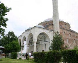 ЗАЕВ НА МОЛИТВА: По повод Курбан Бајрам, Зоран Заев ќе присустува на утринската молитва во Мустафа Пашината џамија