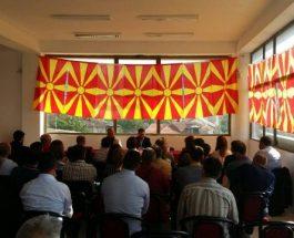 НА СРЕДБИ СО ЧЛЕНСТВОТО: Лидерот на ВМРО-ДПМНЕ Никола Груевски на средби со членовите во ОК на ВМРО-ДПМНЕ Штип