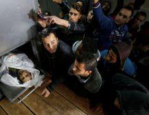 (Фото)ДЕН НА ГНЕВОТ ВО ПАЛЕСТИНА: Двајца мртви, десетици повредени во израелските воздушни удари!
