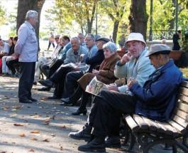 НЕМА ПОКАЧУВАЊЕ НА ПЕНЗИИТЕ: Пензионерите ги губат бенефициите кои ги стекнаа од владата на ВМРО-ДПМНЕ, но и редовното зголемување на пензиите!