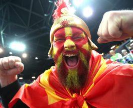 """(Видео)""""ЈАО, КАКО СУ ЛУДИ, ХАОС У АРЕНИ"""": Хрватите воодушевени од Македонската фаланга!"""