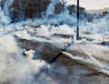 (Фото+Видео)ХАОС ВО ВИТЛЕЕМ: Израел со солзавци и оклопни возила удри по демонстрантите!